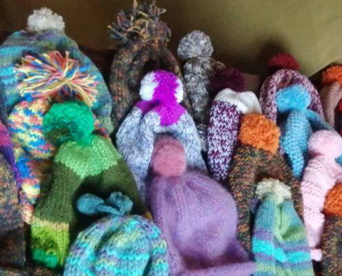 Tanti cappellini di lana